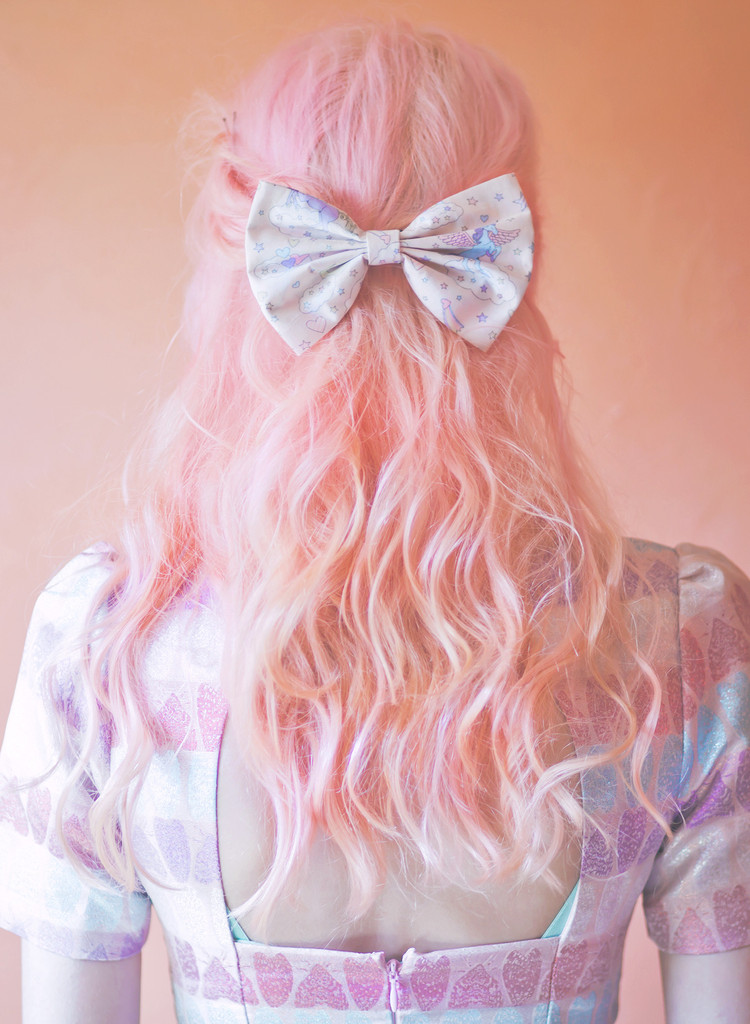 cream-unicorn-hair-bow-MEDIUM-beauxoxo-cute-kawaii-hair-bow-unicorn-bow-unicorn-rainbow-print-fabric-bow-beauxoxo_1024x1024